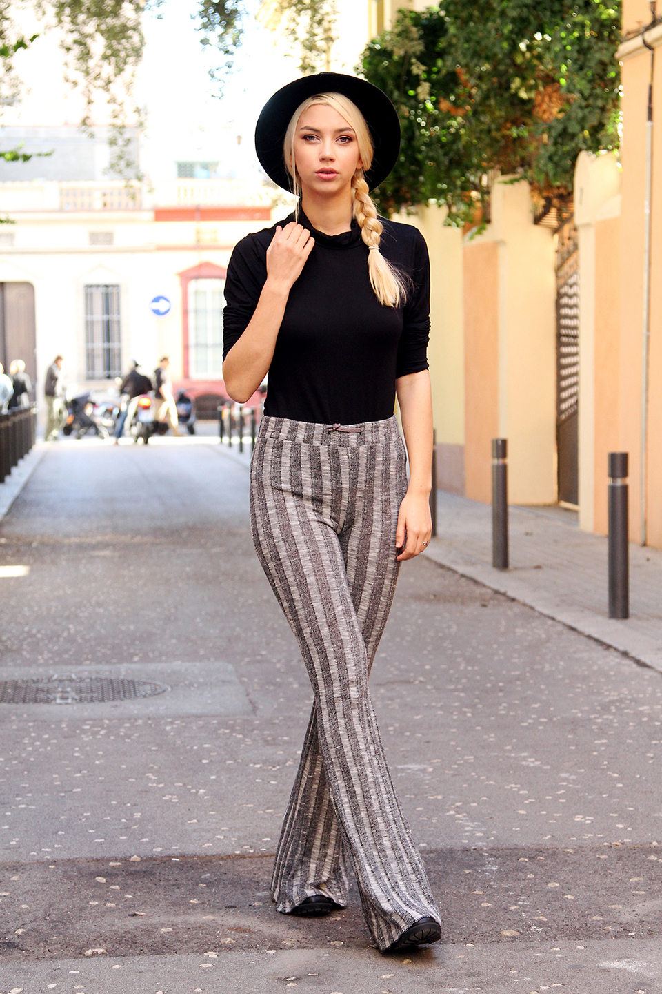 Luis-Lau-Fashion-Blonde-Blogger-barcelona_04_phixr